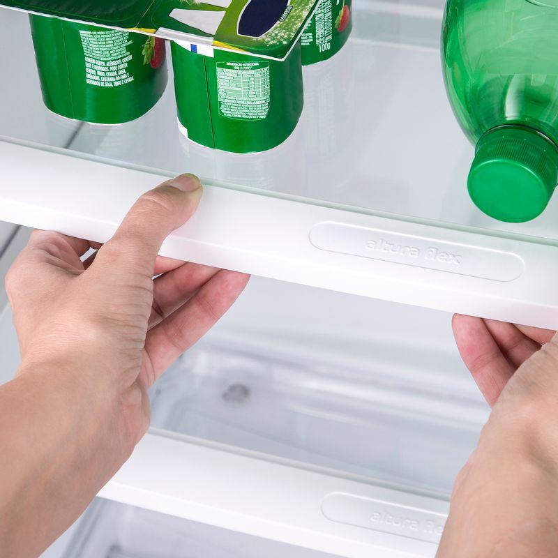 CRM42NB-geladeira-frost-free-386-litros-branca-prateleira-3000x3000